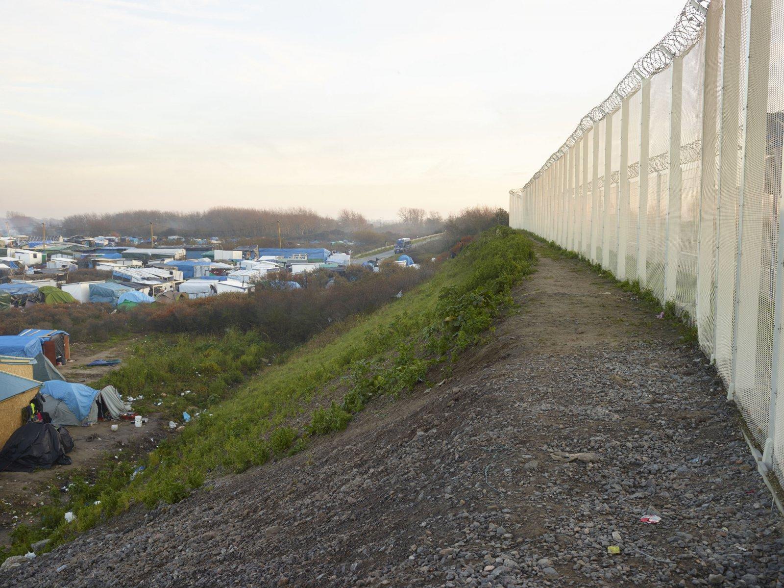 Calais, Dec 2015 © Henk Wildschut