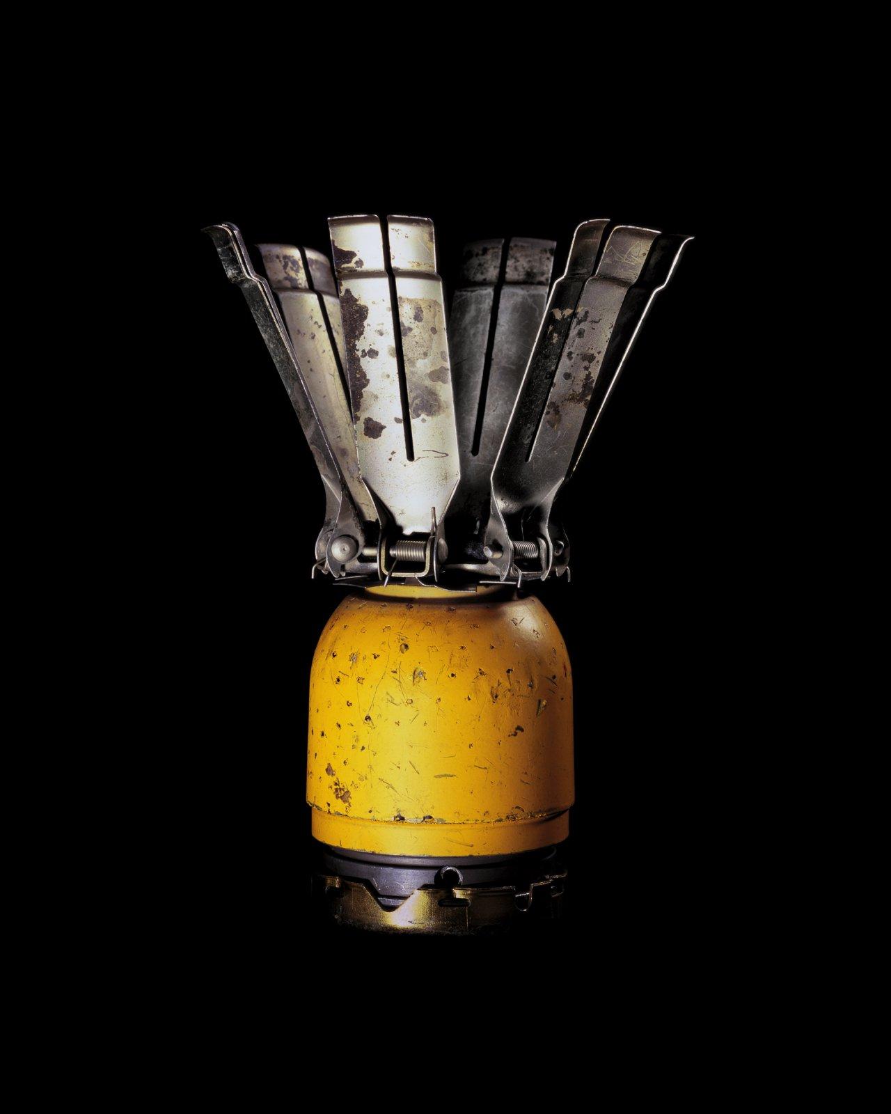 Antipersonel, Submition BLU-3B USA, 2004 © Raphael Dallaporta