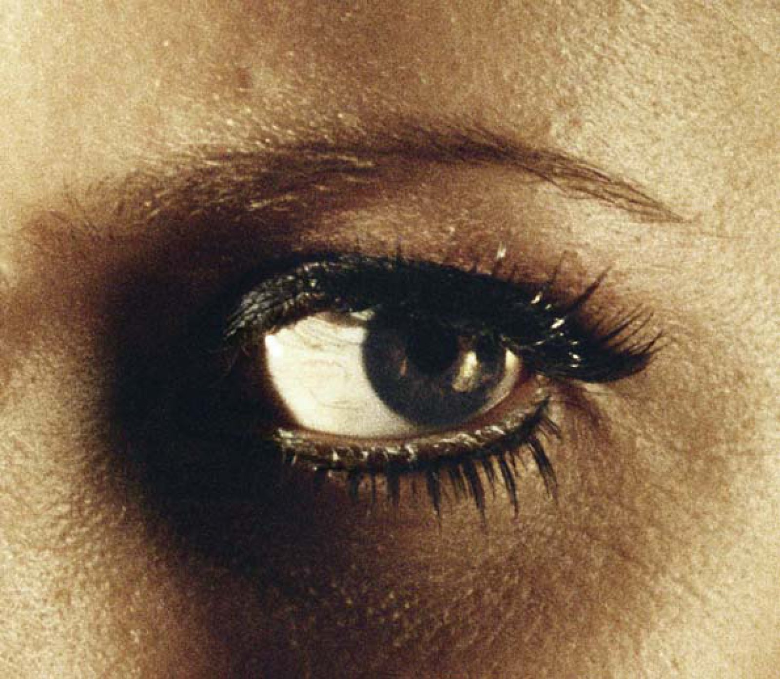 Eye #2 (Boulder), 2012 © Alex Prager, Courtesy of the Artist, Michael Hoppen Gallery and Yancey Richardson Gallery