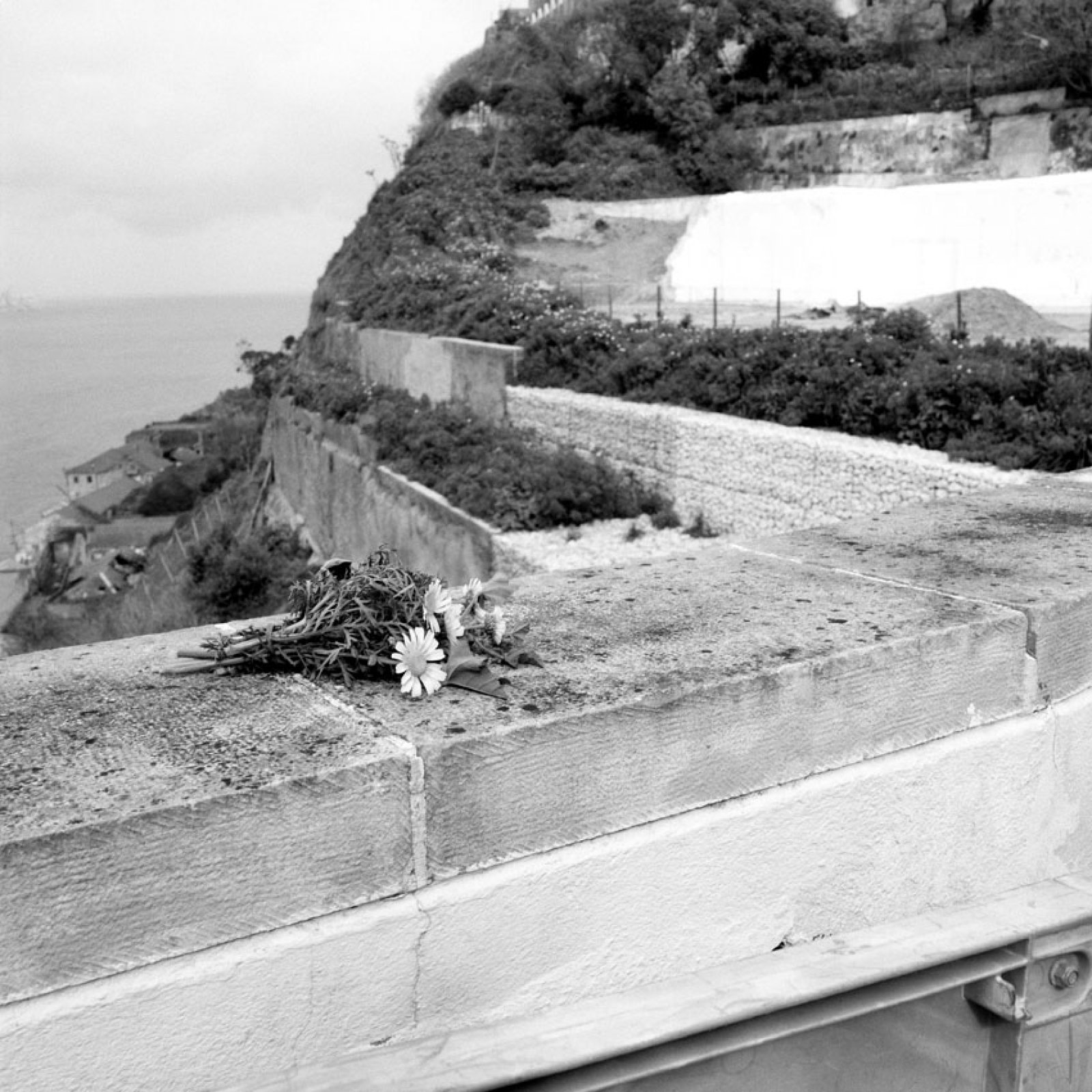 From the series Memento, 2013 04 ©  Lara Dhondt