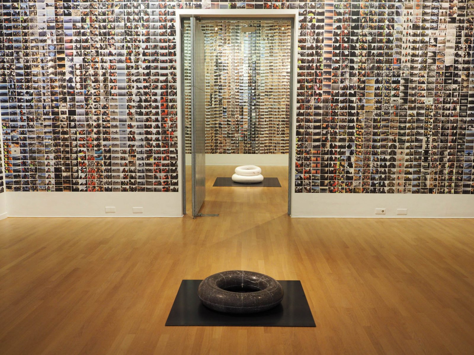 Exhibition #SafePassage Ai Weiwei, 2016 © Anne van der Weijden