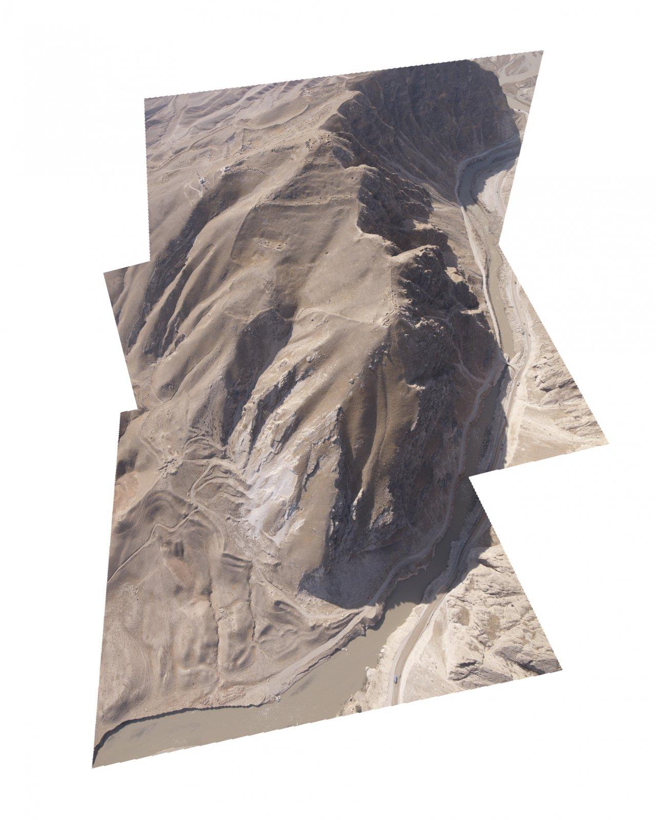 Ruins (Season 1), The Balkh-AB gorges, Afghanistan 2011 © Raphaël Dallaporta