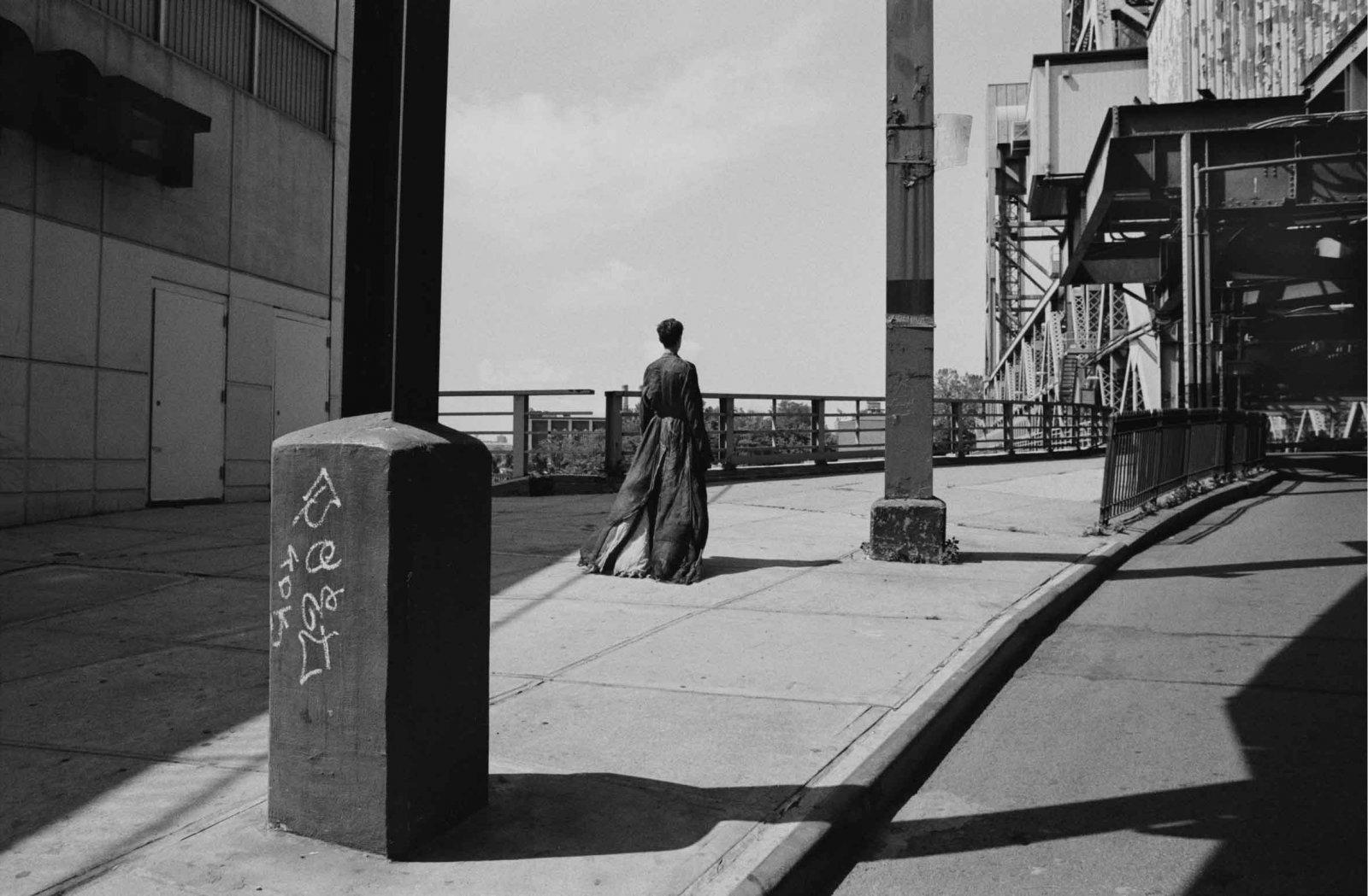 West 25th Street and Broadway Bridge, 2018 © Saskia de Brauw & Vincent van de Wijngaard